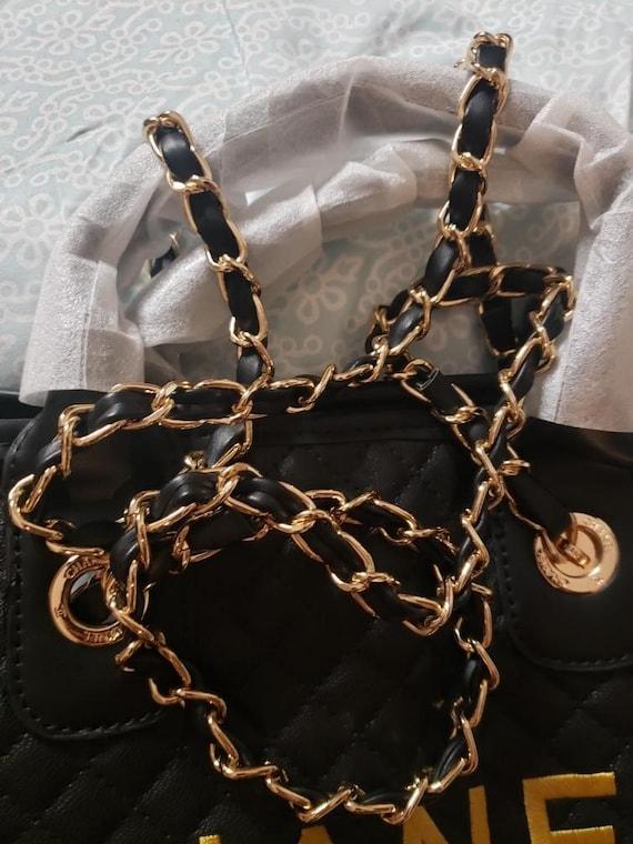 Chanel VIP Tote Bag - image 3