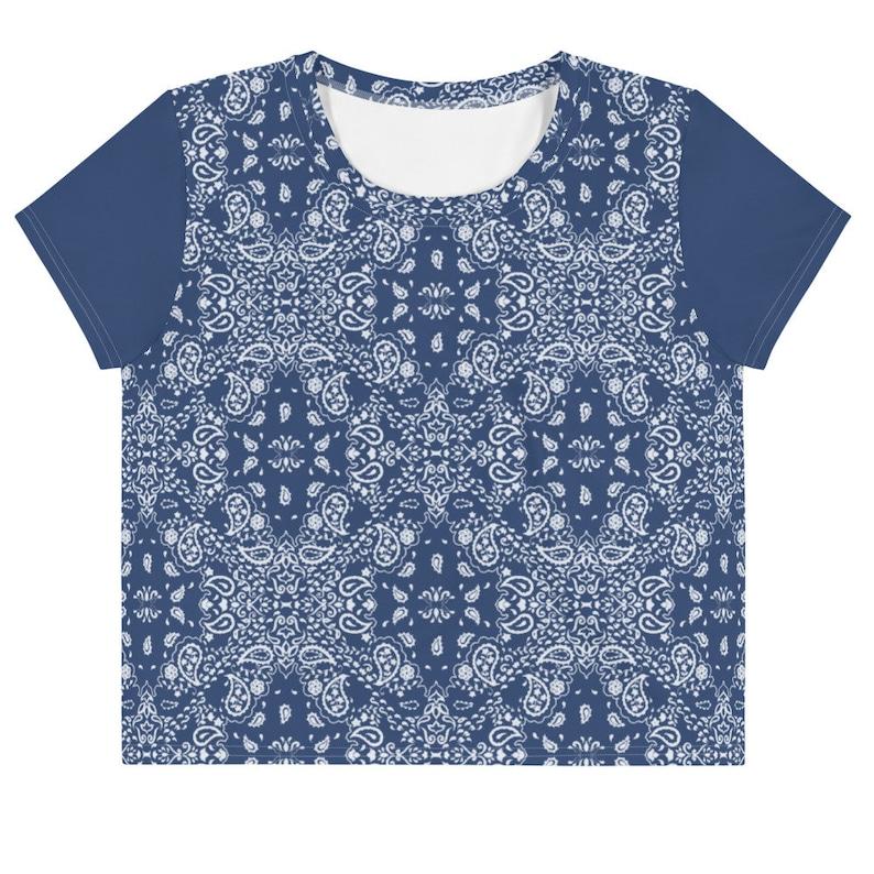 Blue bandana print cropped women tee