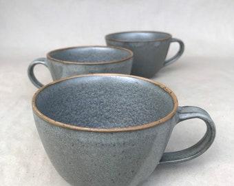 Ceramic cup dark grey, hand-pottered