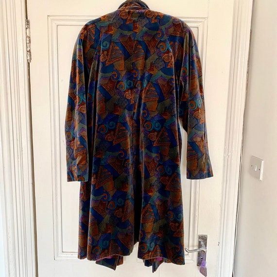80s Vintage Abstract Velvet Coat - image 2