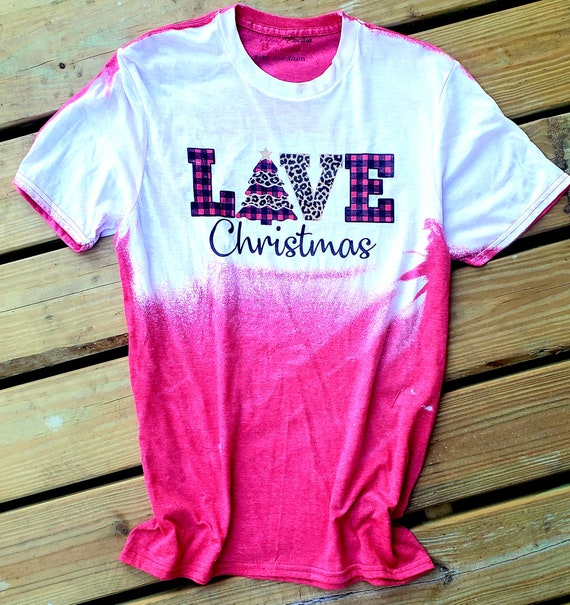 Love Christmas w Leopard print Bleached adult T shirt in Heather Red.