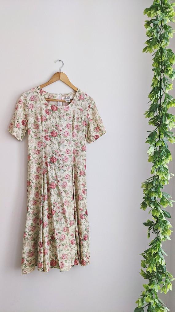 Vintage Cottagecore Floral Prairie Maxi Dress | Bu