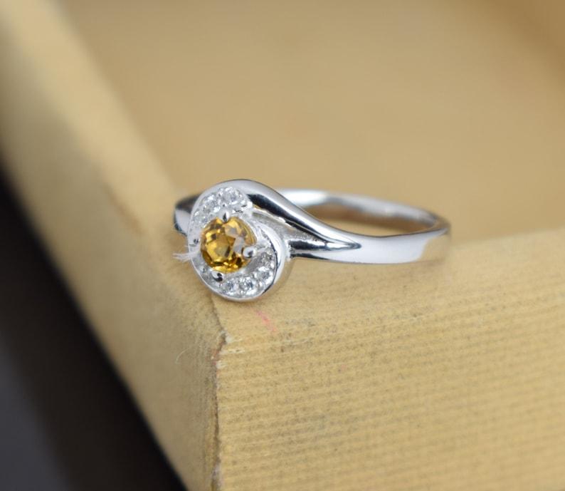 Citrine Ring,November Birthstone Ring,yellow oval cut gemstone,925 sterling silver ring,Ring natural citrine ring wedding ring Silver Ring