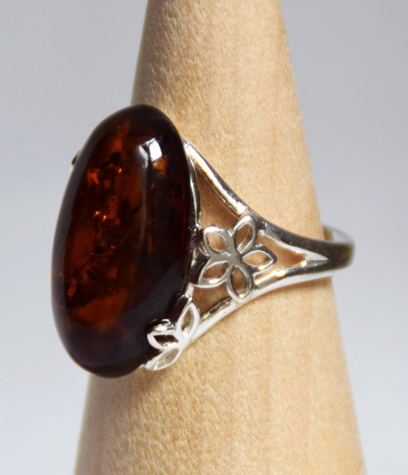 adjustable size BP028 MJBaltica ring with Natural Amber and Silver 925