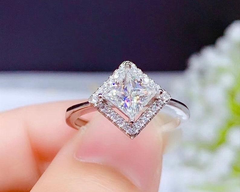 Moissanite Diamond Shape Ring 1 carat 925 Sterling Silver Jewelry
