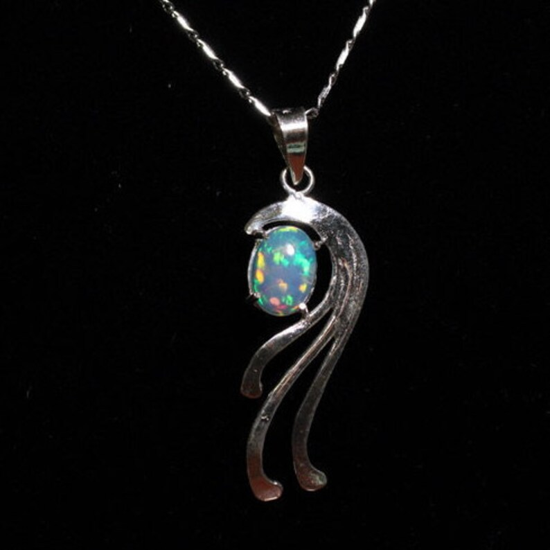 Wholesale EthiopianMexican Opal Approx Pendant Lot 1 ctpc EMOPL138 9x7 mm 5PC in Sterling Silver with 18 in silver chains included