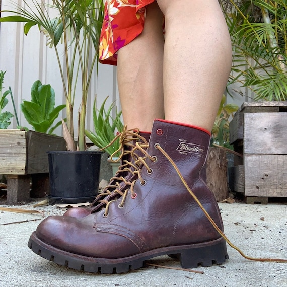 Lace up vintage blundstone Boots