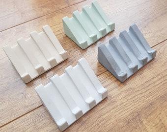 Concrete soap dish with drainage