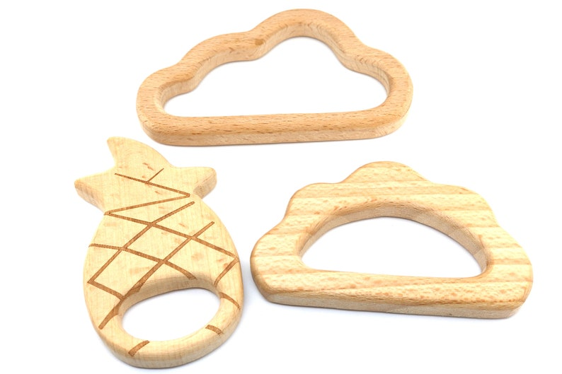 Natural Beech Wood Unfinished Wood cloud Teether Raw Wooden Teether 85mm Baby Teethers