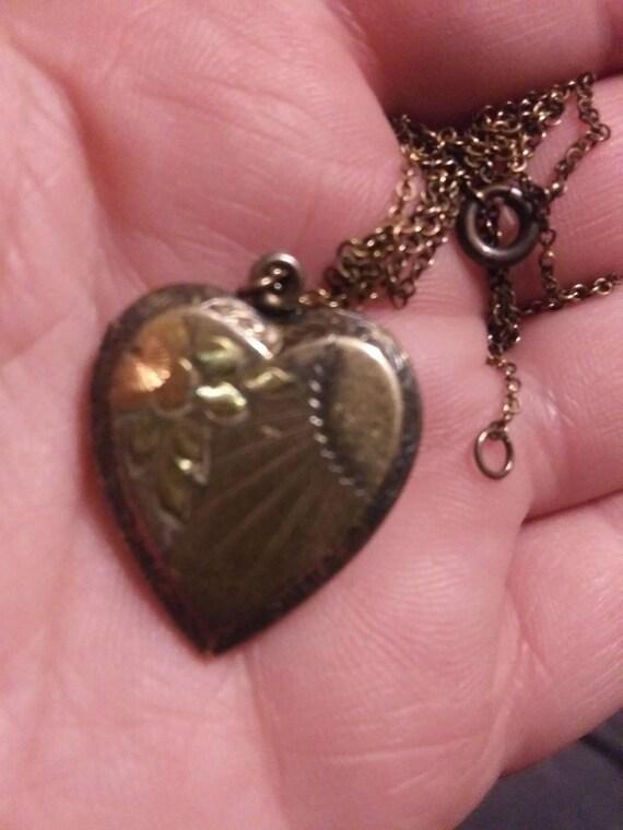 1940s vermeil heart shaped locket