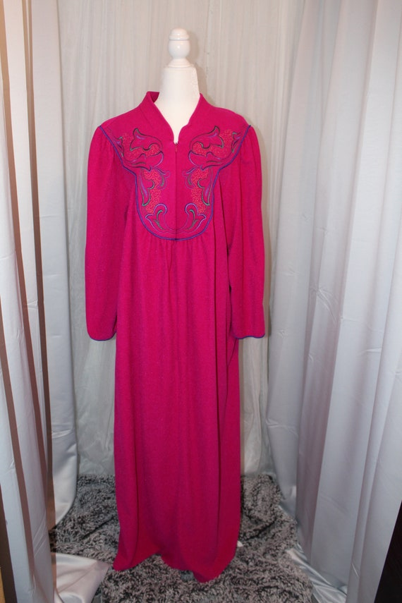 Vanity Fair Bright Pink House robe