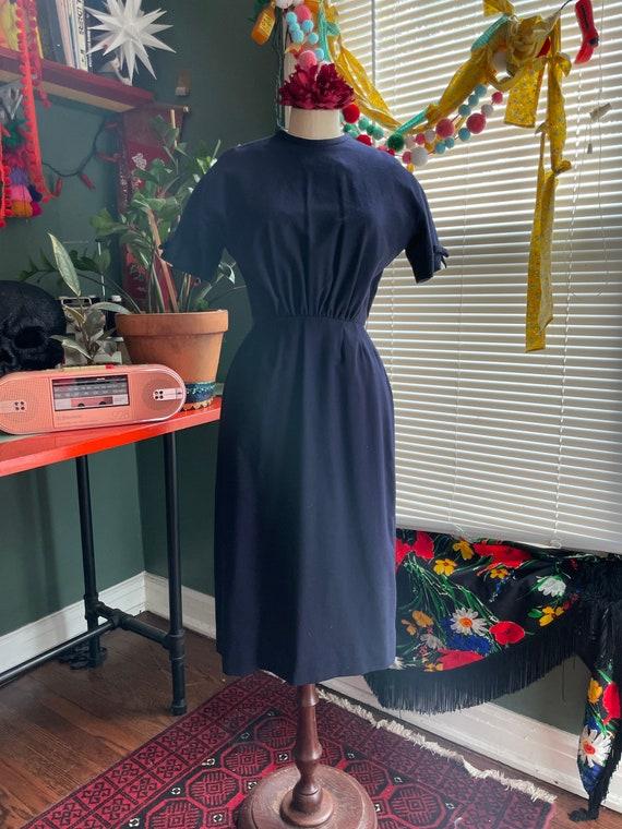 Vintage 1960s Dark Blue Pencil Dress // Medium //