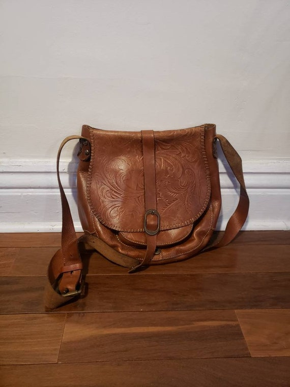 beautiful vintage Italian tooled leather satchel