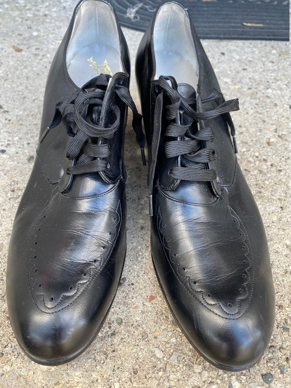 Vintage 1940's Ladies Oxford Dr. Locke Shoes