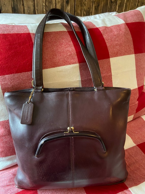 Coach Vintage EUC Burgandy Bonnie Cashin Kisslock