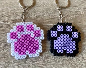En riesgo Pertenece Yogur  Keychain hama beads | Etsy