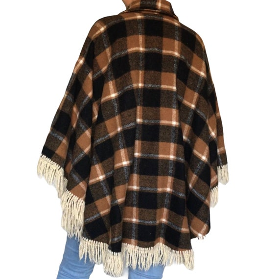 Vintage Wool Tan and Black Plaid Cape/ Poncho - image 10