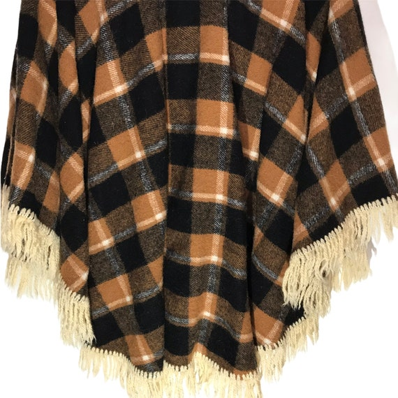 Vintage Wool Tan and Black Plaid Cape/ Poncho - image 7