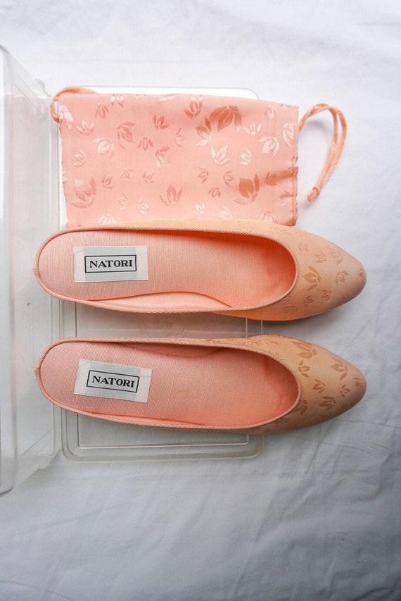 Natori 1980's vintage pink slippers - image 2