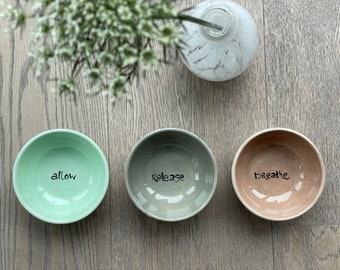 colored kl. BOWL with text/motif as desired