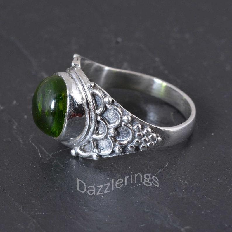 Men ring,Women ring,unique ring,anniversary ring,Worry ring,gift deco rings Peridot ring,Vintage rings,gemstone Silver ring,handmade rings