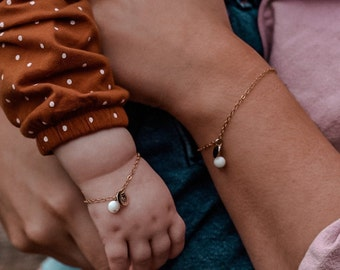 Mommy and Me Matching Bracelets | Anklet | Mother and Daughter Bracelet | Baby Bracelet | Toddler Bracelet | Charm Bracelet | Initial Charm