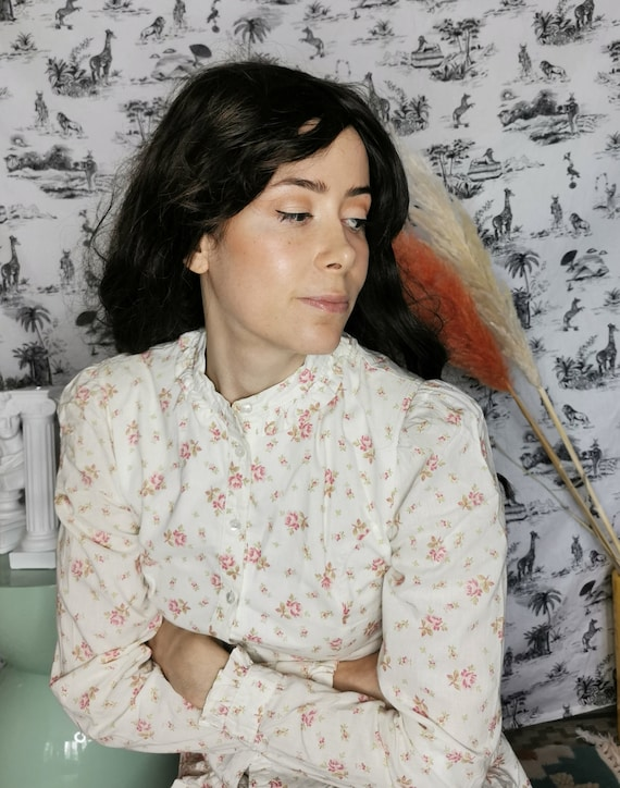 Laura Ashley Set of the 70s - image 6