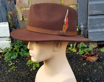 British Waxed Cotton Fedora Style Structured Crown Feather Mount Water Resistant Fully Lined ZH226 BROWN