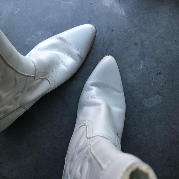 Vintage white leather cowboy boots size 37 - image 2