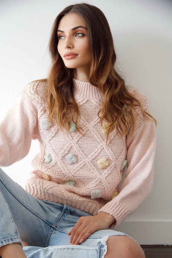 Vintage handknitted cute sweater 70s