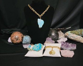 Exquisite Artisan Handcrafted Natural Ocean Shell Necklace with Matching Rhodonite Earrings and Bracelet.