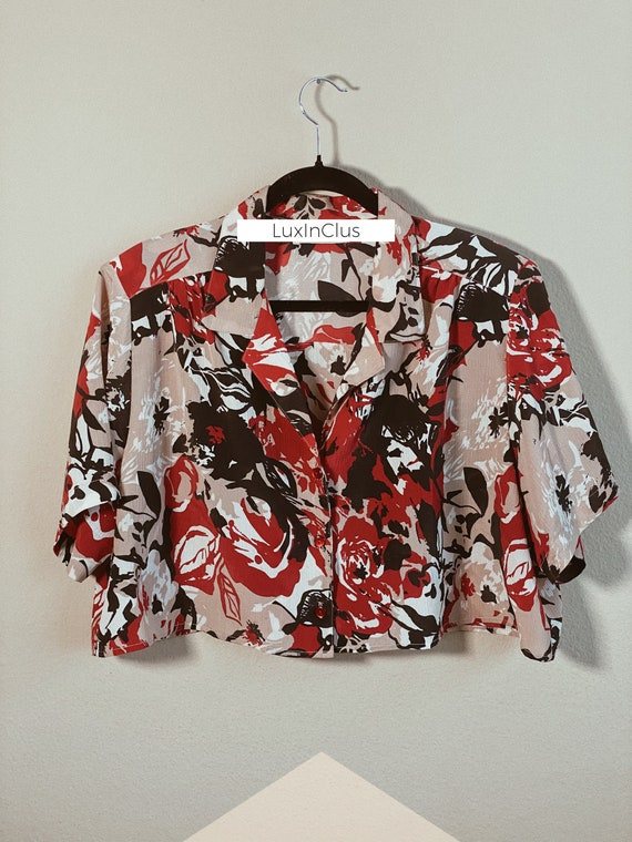 Don K. Abstract Crop Print Blouse   Cropped Top  