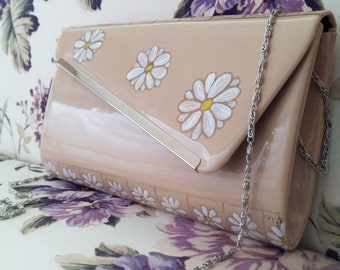 Daisy Hand Painted Shining Beige Patent Leather Clutch Bag
