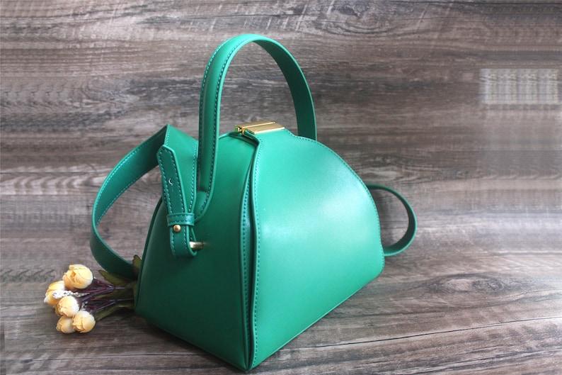 2021 designer handbag Green crossbody bag leather  luxury fashion bag handle small Shell knucklebox lady gift for her bag kawaii