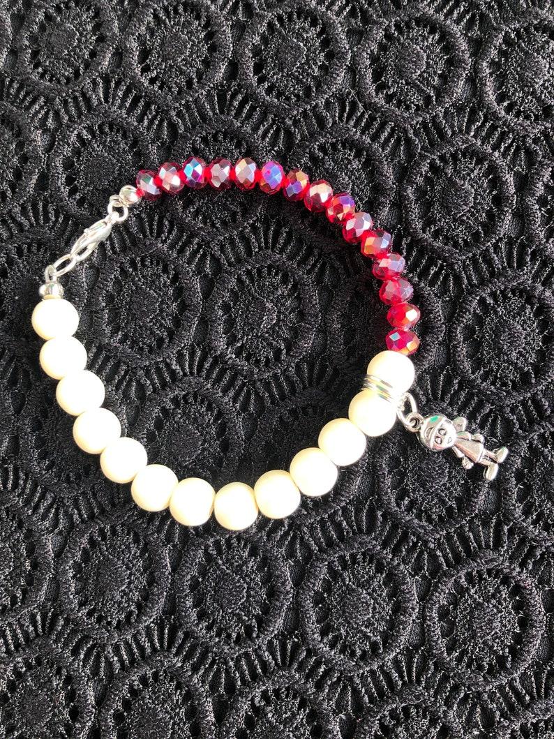 Pearl bracelet Red crystal Bracelet Charm bracelet