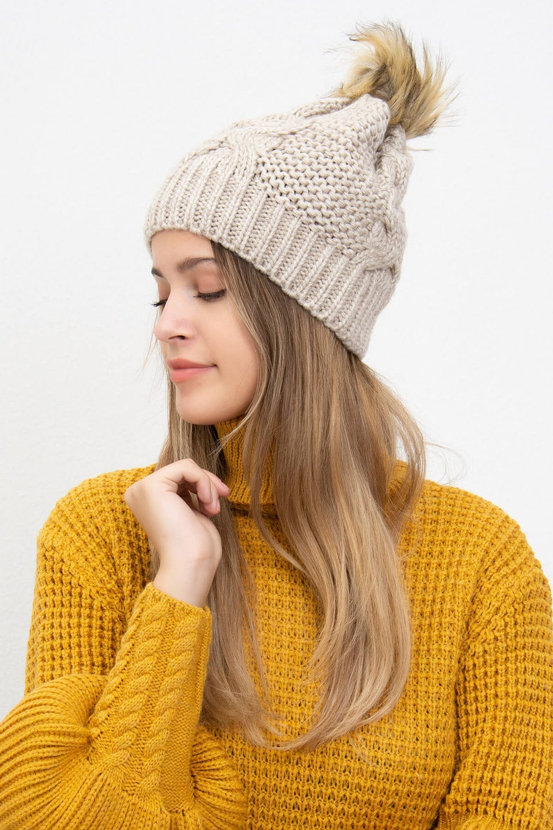 Winter Hats for Women Knitted Pompom Hat for Women 6 Different Color Bobble Hat Super Warm and Soft Beanie Hat ORGU