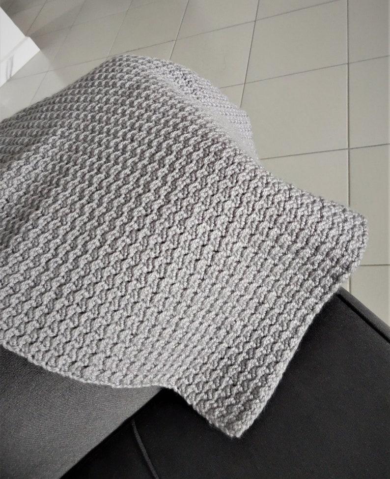 The crunch stitch baby blanket Pattern image 1