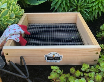 Cedar Garden Sifter for Compost, Dirt and Potting Soil - Made in The USA Rough Sawn Sustainable Cedar