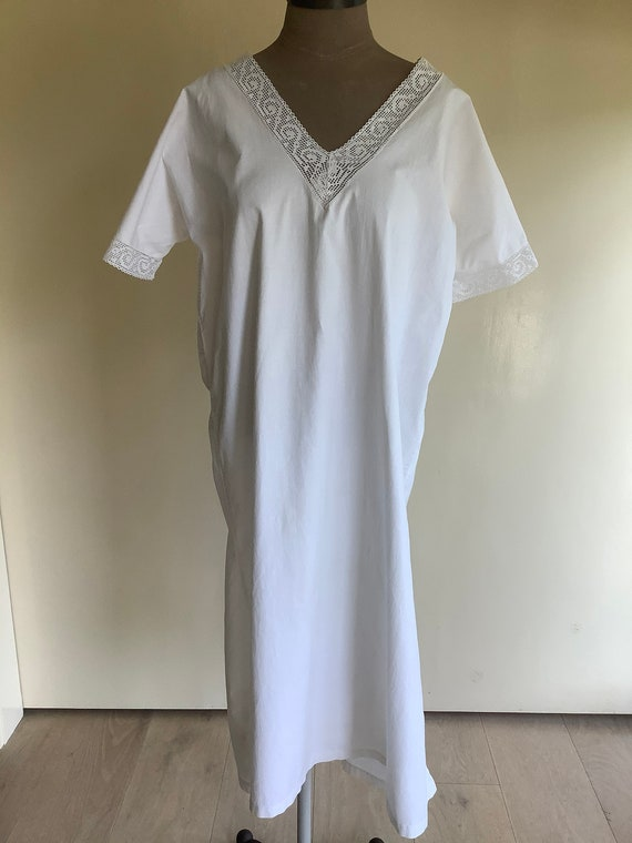 Vintage lace & cotton nightgown/dress