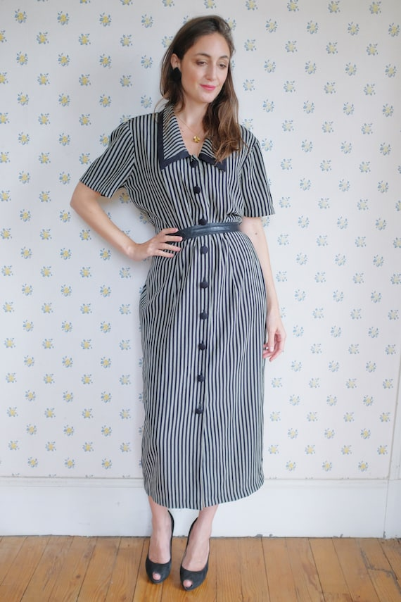 90's long back and white striped dress // Vintage