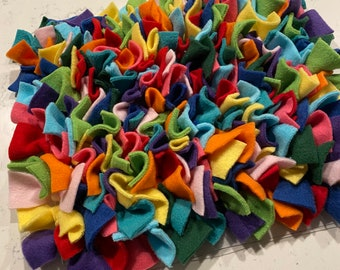 Snuffle mat, Dog snuffle mat, Dog toy, Cat toy, Pet training toy, Slow feeder, Snuffle mat for dogs, Mental stimulation toy