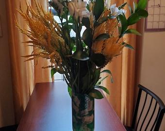 green/white/gold vase