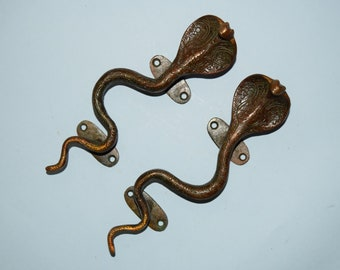 Vintage King Cobra Snake wall hook Entryway decor wall mount snake statueFigurine OR Brass Door pull 1pc ONLY