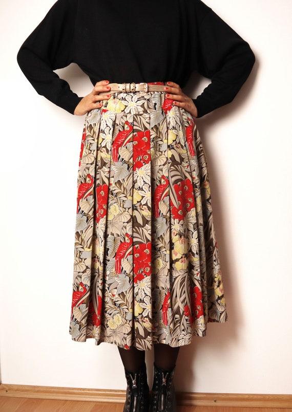 Vintage Midiskirt With Colorful Tropical Print