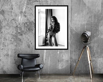 Heartless art print   Party girl poster   Photography art   Black and white   Moody poster   Léon Wodtke