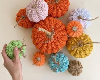 PDF pattern. Crochet pumpking pattern. Crochet pattern. Helloween decor.Knitted pumpking pattern