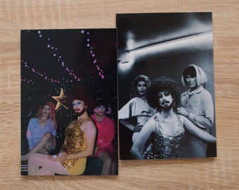 """Lot of 2 """"Queens"""" cards"""