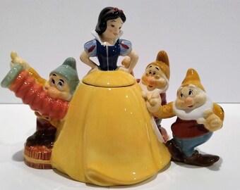 Disney Snow White And Seven Dwarves Teapot
