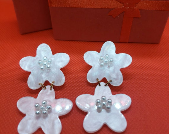 The Double Flower Drop Earrings With Faux Pearl Embellishments
