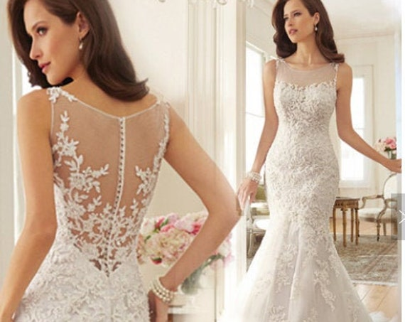 The Exotic Lace Fishtail Wedding Gown